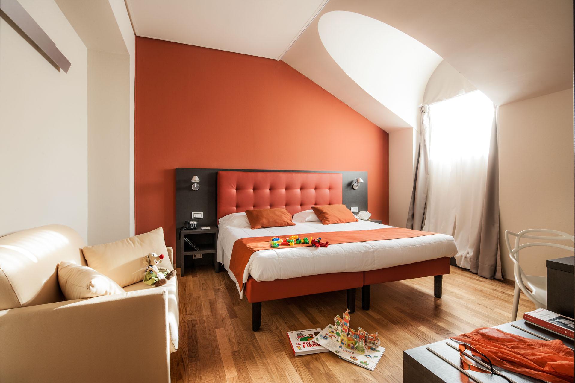 Camere panoramiche torino vista mole antonelliana for Hotel design torino